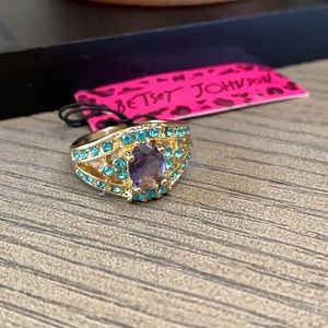Betsey  Amethyst Ring Size 8 🌿🆕🌿